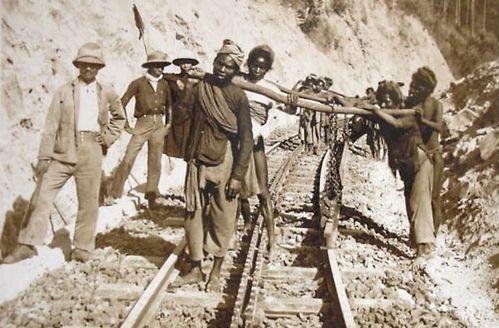 Dalat Cog-Rail-ouvrier