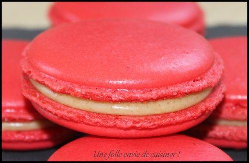 Macarons-au-chocolat-blanc-et-speculoos--2-.jpg
