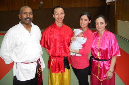 1ère visite au RAJAKALAI Club de Logan bébé de Wu et Va