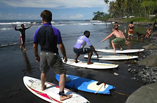 Olivier-Napias-tahiti-surf-school--ecole-de-surf-p-copie-1.jpg