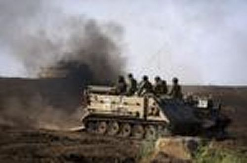 Israeli Troops in Golan Return Fire21.5.13 (Copier)