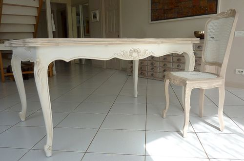 table-chaise