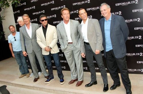 Arnold-Schwarzenegger-Expendables-2-photocall-DNRipRxLK7al.jpg