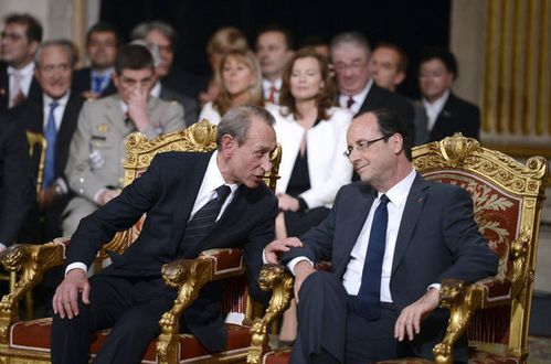 hollande-investiture-1_959767.jpg