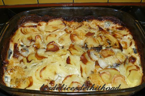gratin dauphinois au roquefort pour un tour en cuisine le blog de lesdelicesdethithoad. Black Bedroom Furniture Sets. Home Design Ideas