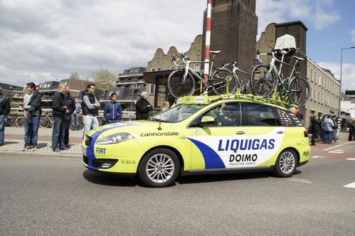 1005 Giro car liquigas