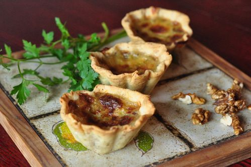 Irish walnut and cheese tarlets (13)