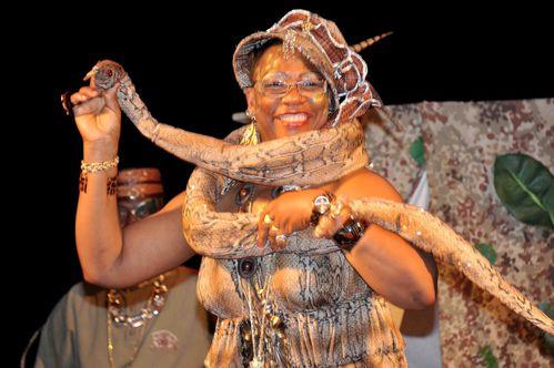 La-reine-mere-du-carnaval-tropical-2011-Marcelle-epouse-Ma.jpg