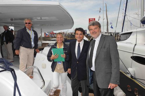 Visite-d-un-catamaran-Pierre-Lellouche-et-JF-Fontaine-photo.jpg