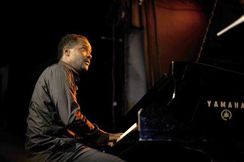 Gilles-Rosine-au-piano-4-photo-A-Jocksan.jpg