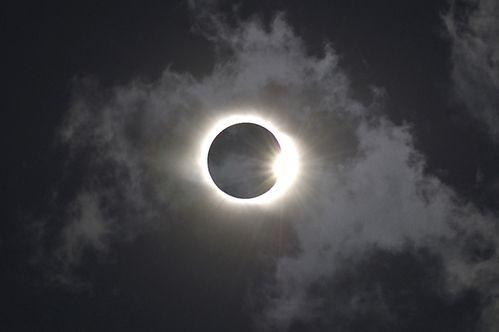 eclipse2011.jpg