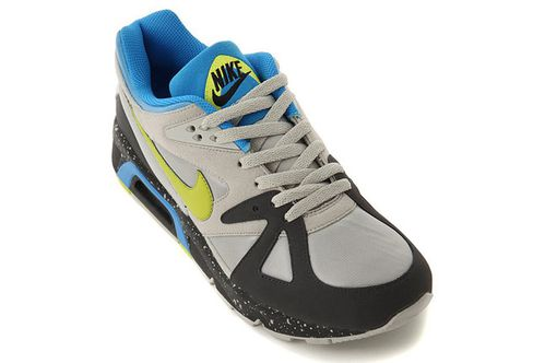 Nike-Air-Structure-Triax-485-1.jpg