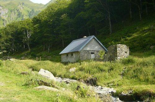 Cabane des Pessons