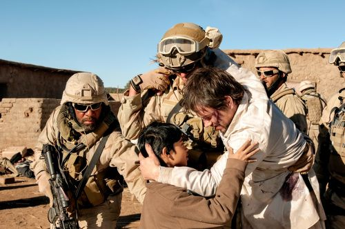 Mark-Wahlberg-and-Rohan-Chand-in-Lone-Survivor-2013-Movie-I.jpg