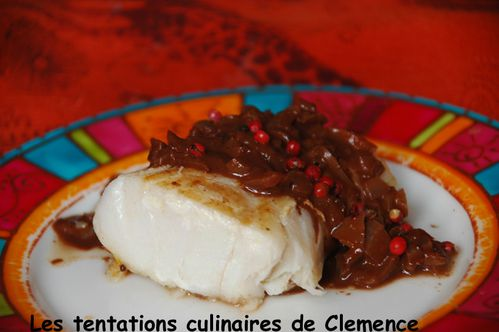 cabillaud-sauce-chocopiment-et-baies-roses.jpg