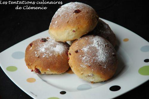 pain-au-lait-amande-et-cranberries.jpg