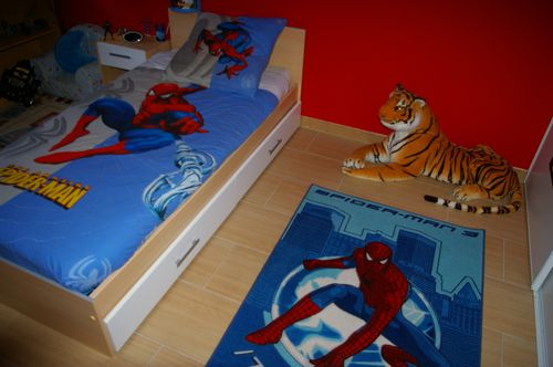 stunning imgp with deco chambre spiderman. Black Bedroom Furniture Sets. Home Design Ideas