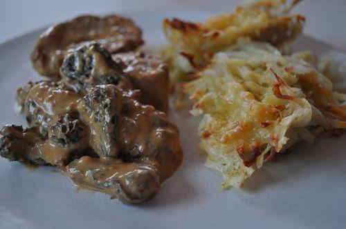 http://img.over-blog.com/500x332/3/01/91/28/photos-recettes/recette-decembre/morilles-filet.JPG