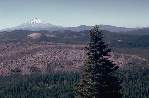 Little-glass-mountain-obsidian-flow---Shasta.jpg