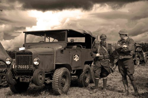 reconsitution 9973guerre 39 45SEPIA 009 int