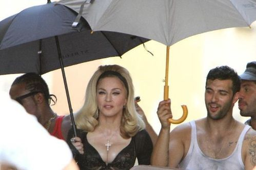 20120618-pictures-madonna-turn-up-the-radio-set-45