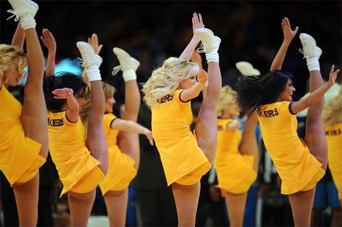 lakers-girls.jpg