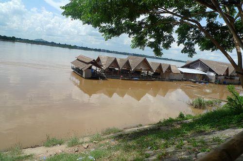 081-Savannakhet Mekong Resto