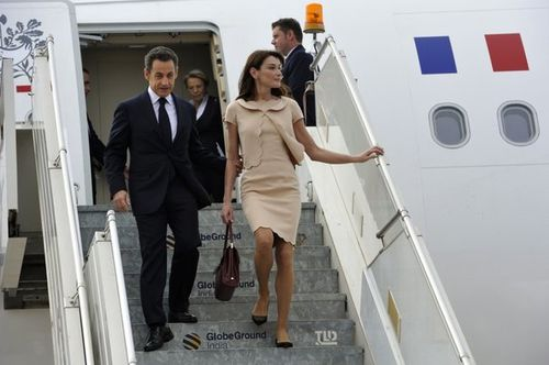619292_france-s-president-sarkozy-and-first-lady-carla-brun.jpg