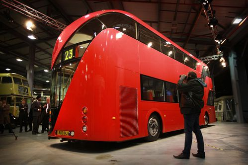 2-london-double-decker-bus.jpg