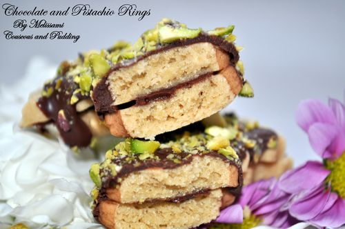 chocolate and pistachio rings