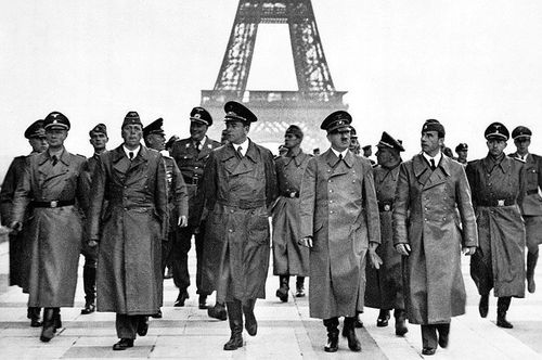 adolf à Paris-02