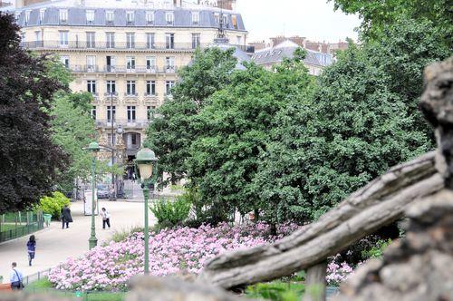 Les-buttes-chaumont 1082