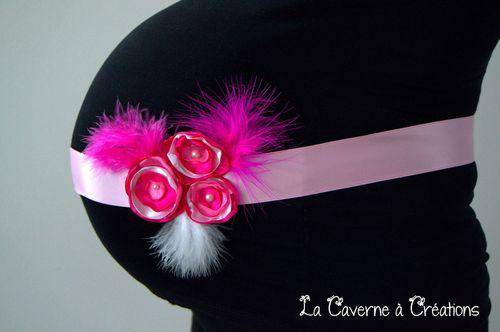 ceinture-shooting-grossesse-rose-fleur