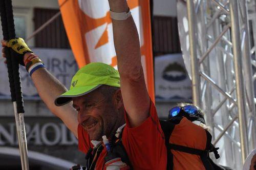 Tor des Géants® 2014. Alle 16.00 del 13 settembre è arrivato in tempo massimo l'ultimo di 446 finisher. Francesca Canepa ricorre contro l'organizzazione