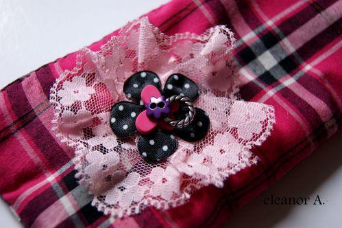 Trousse-kawaii-romantique-rose-tartan-noir-pois-eleanor-02.jpg