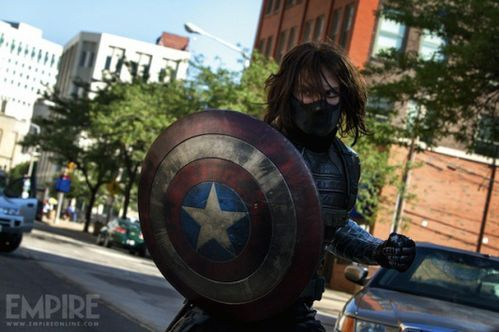 PHOTOS-Captain-America-2-premiere-photo-officielle-du-Solda.jpg