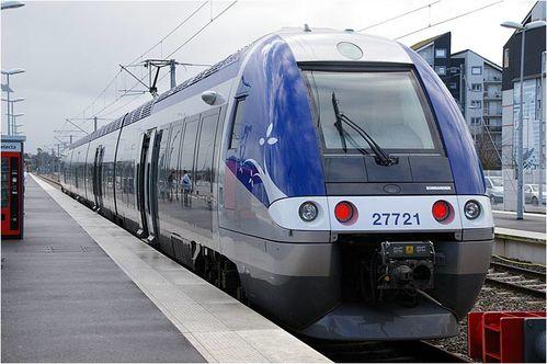 141106-Ter-en-gare-de-saint-malo.jpg