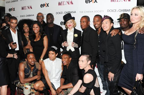 20130619-pictures-madonna-mdna-tour-premiere-screening-hq-3.jpg