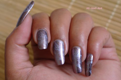 Stamping chrome sur Layla Mirror Effect
