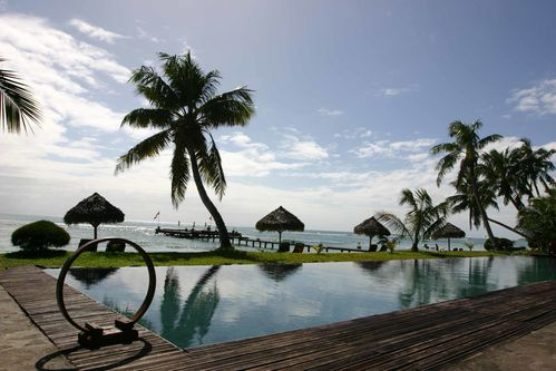 priincesse-bora-lodge-swimpool.jpg