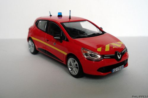 renault clio iv pompiers au 1 43 eligor. Black Bedroom Furniture Sets. Home Design Ideas