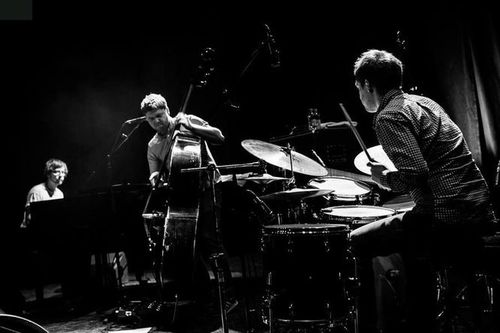 2015 04 11-GoGo Penguin - Cully Jazz Festival020
