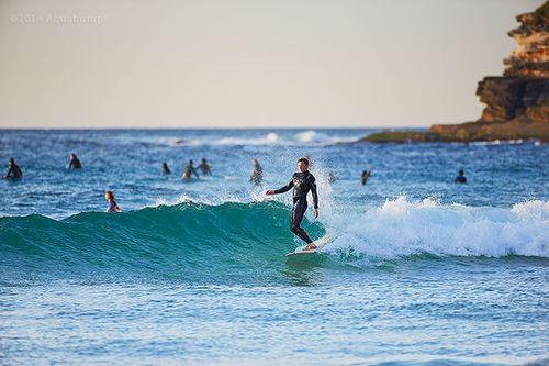 01Q5104-Sep-29-2014-Aquabumps-longboard-stylemeaster.jpg
