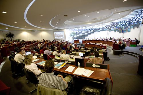 hemicycle-courcy.jpg