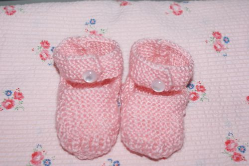 chaussons-roses.JPG