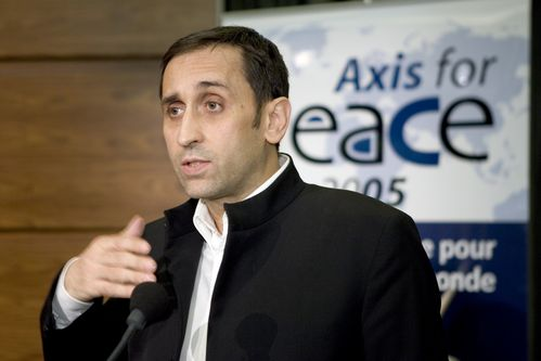 Thierry_Meyssan_Axis_for_Peace_2005-11-18_n1.jpg