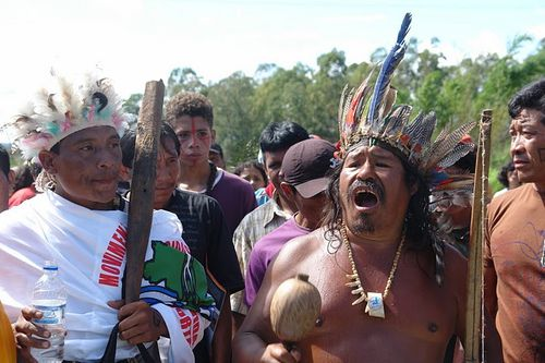 Indigenous-People-protesting-Belo-Monte-Dam-in-brazil.jpg