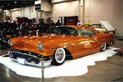 1957-oldsmobile-golden-star-5-640.jpg