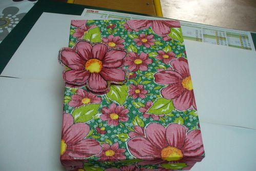 boîte recouverte de tissu