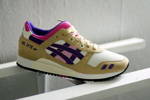 asics-fw2010-footwear-preview-front